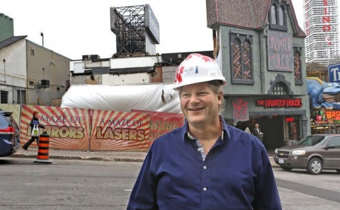Mirror maze attraction coming to Clifton Hill!
