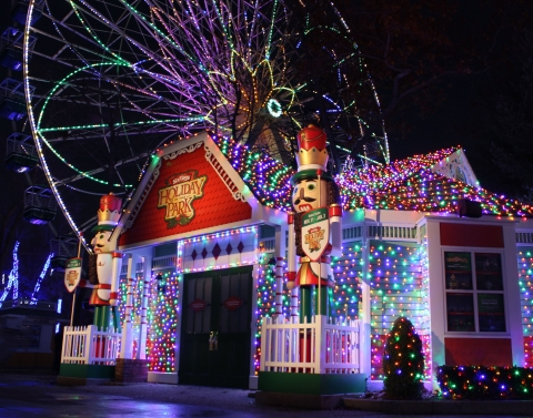 Holiday in The Park – Six Flags Great Adventure & Safari